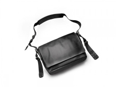 Brooks England Tasche Barbican schwarz medium